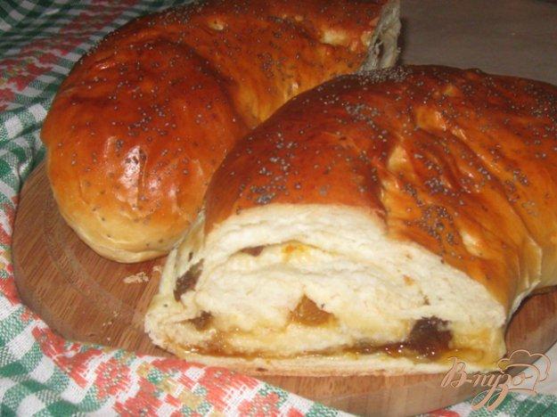 Рецепт Рулет с абрикосовым джемом и изюмом
