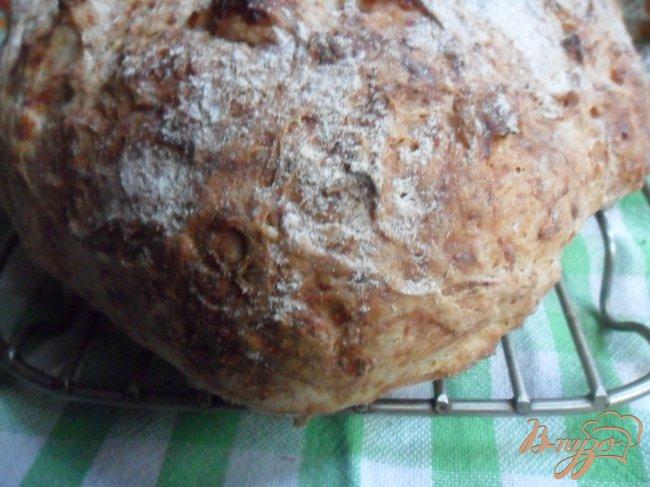 Фото приготовление рецепта: Хлеб с кабачком и сыром шаг №7