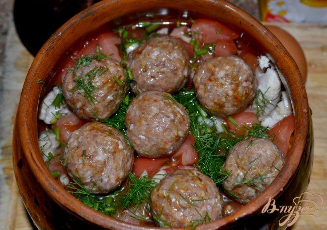 Фото приготовление рецепта: Овощное рагу с тефтелями. шаг №3