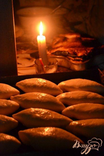 Фото приготовление рецепта: Деревенские пироги! шаг №2