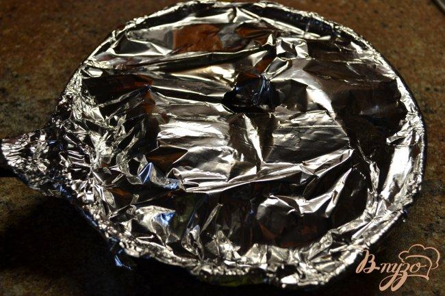 Фото приготовление рецепта: Куриный рулет с бананом. шаг №3