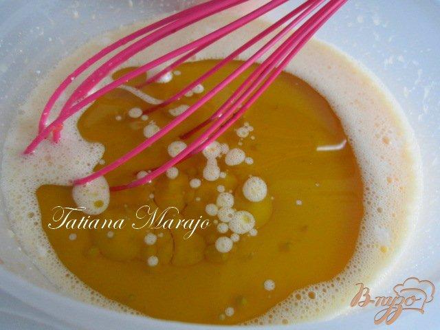 Фото приготовление рецепта: Шоколадный кекс на оливковом масле шаг №3