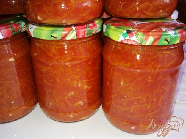 Рецепт Томатная приправа с морковью и чесноком