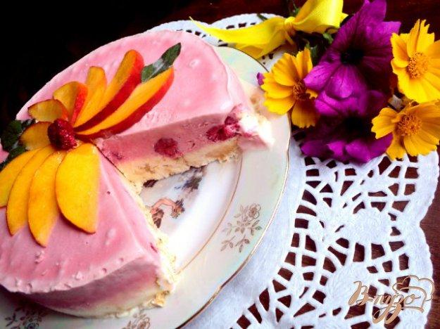 Торт–морозиво з меренгою і фруктами. Як приготувати з фото