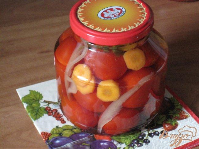 Фото приготовление рецепта: Маринованные помидоры. шаг №3