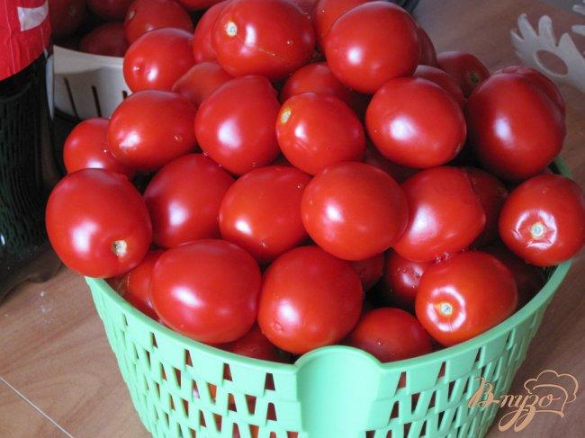Фото приготовление рецепта: Маринованные помидоры. шаг №1