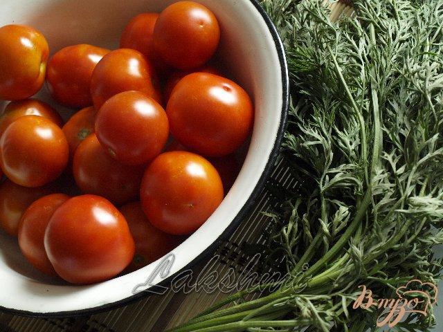Фото приготовление рецепта: Помидоры в морковной ботве шаг №2