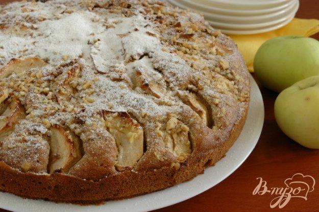 фото рецепта: Яблочный пирог с корицей и кардамоном