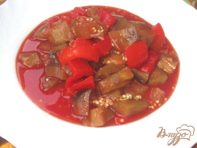 Фото приготовление рецепта: Баклажаны с перцем в кисло-сладком соусе шаг №5