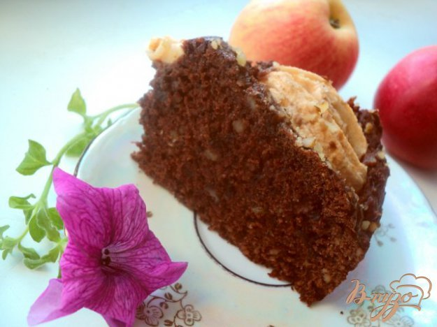 фото рецепта: Пирог « Яблоки в шоколаде»