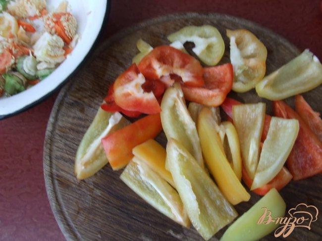 Фото приготовление рецепта: Маринованные перцы шаг №2