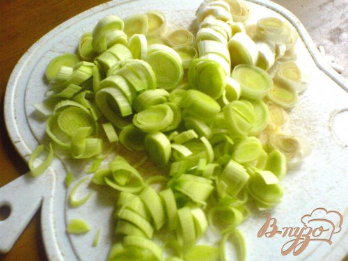 Лумакони с фаршем, кабачками и помидорами