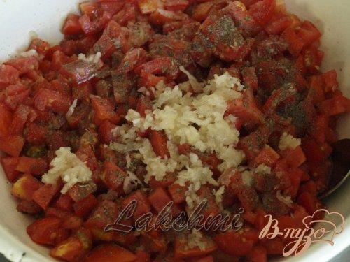 Закуска из перца фаршированного помидорами