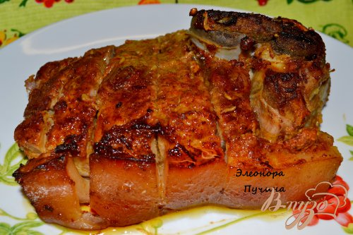 Запечённая свинина с овощами.