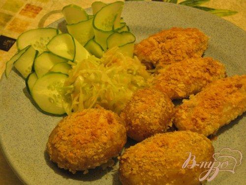 Куриные крылья в картофельной панировке.