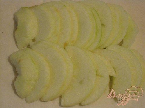 Форель на яблочной подушке.