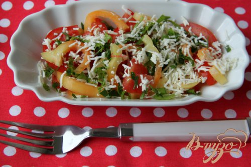 Салат из помидоров с брынзой