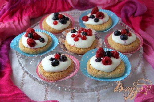 Oregano - Shortcakes  с ягодами