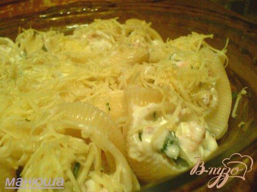 Лумакони с лососем и сырным кремом