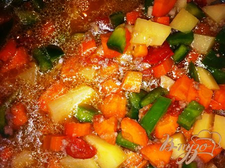 Овощной суп с фрикадельками и рисом