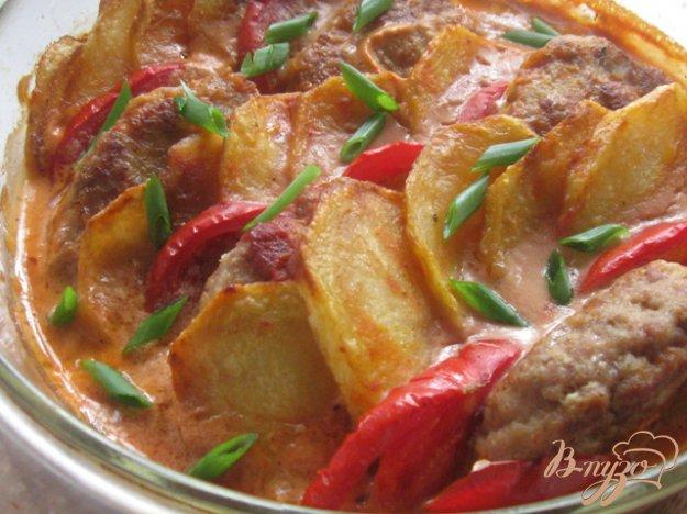 Рецепт Шницели, запеченные с картофелем и помидорами по-турецки