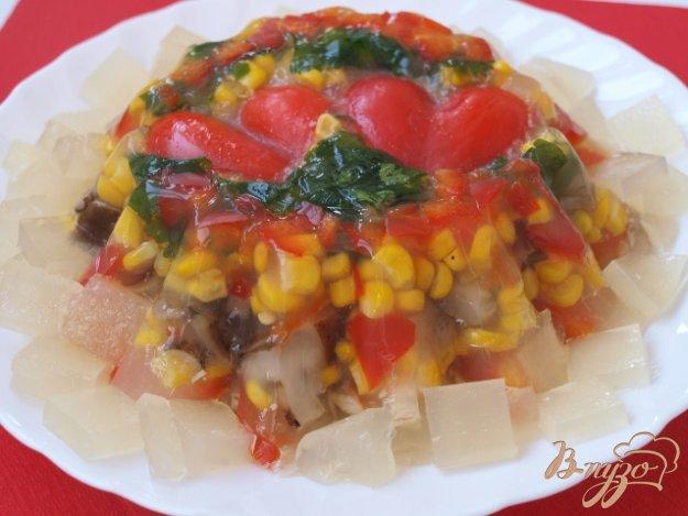 Рецепт Заливное из курицы с овощами и грибами
