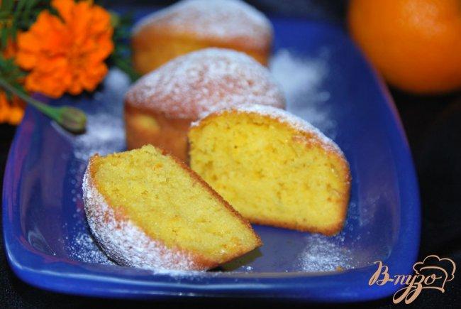 Фото приготовление рецепта: Итальянский апельсиновый кекс - чамбеллоне (Ciambellone) шаг №8