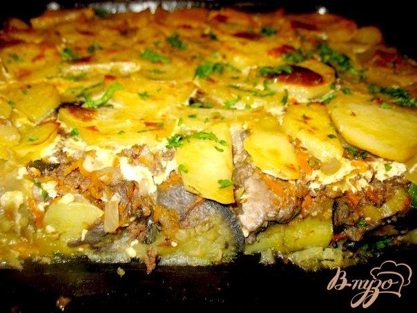 Фото приготовление рецепта: Грибы с баклажанами,картошкой... шаг №2