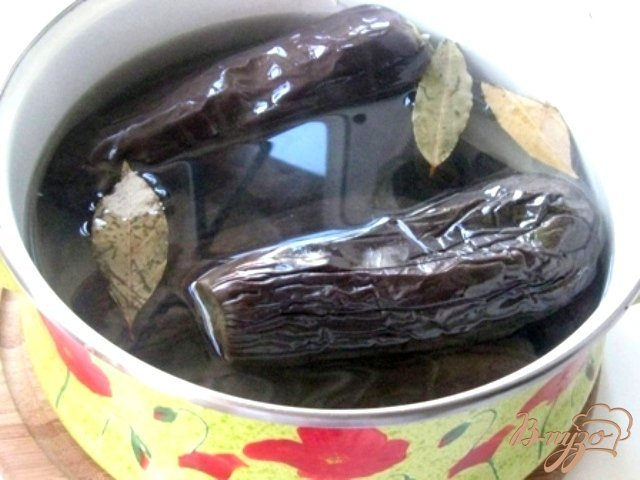 Фото приготовление рецепта: Баклажаны квашеные шаг №3