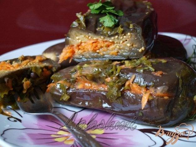 фото рецепта: Квашенные баклажаны с чесноком и морковью