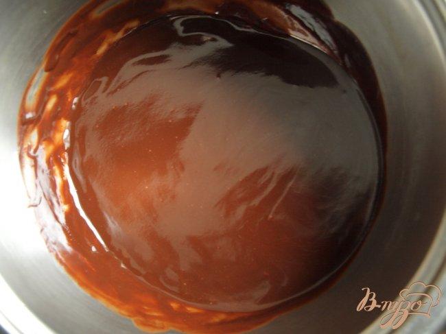 Фото приготовление рецепта: Шоколадное пирожное за 15 минут шаг №1