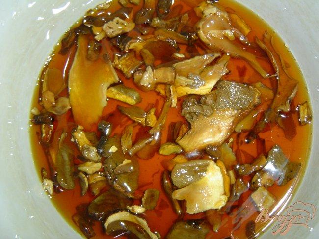 Фото приготовление рецепта: Суп с грибами и фрикадельками шаг №1