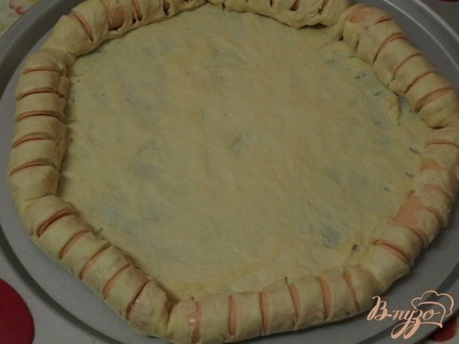 Фото приготовление рецепта: Пицца с сытным краешком шаг №2