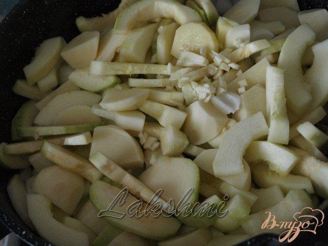 Фото приготовление рецепта: Крем-суп из кабачков шаг №1