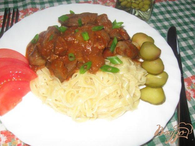 Рецепт Куриная печень с баклажанами в соусе