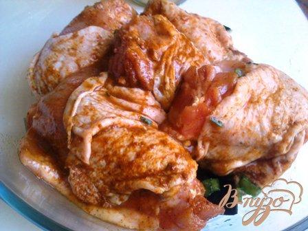 Тушеная курица с баклажанами и брокколи