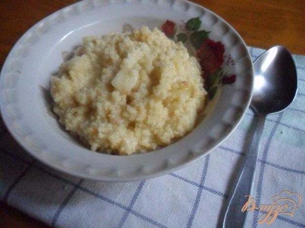 фото рецепта: Пшённая каша с яблоком