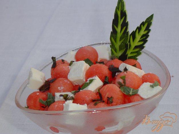 Рецепт Салат из арбуза и феты