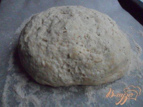 Хлеб с рикоттой и пряными травами