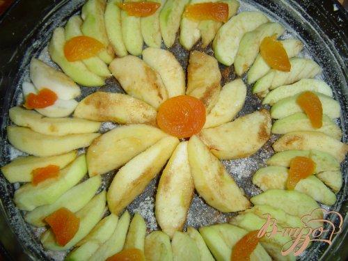 "Пирог яблочный ""Цветочная поляна"""