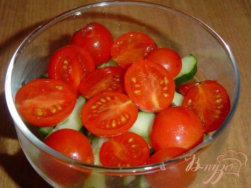Овощной салат с брынзой и орехами