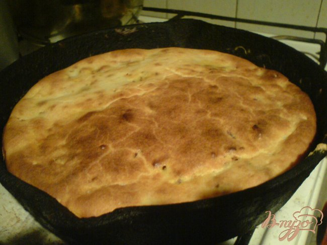 Фото приготовление рецепта: Пирог с куриной печенью шаг №10