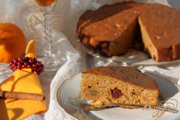 фото рецепта: Ароматный хлеб из тыквы с клюквой, апельсином и бренди