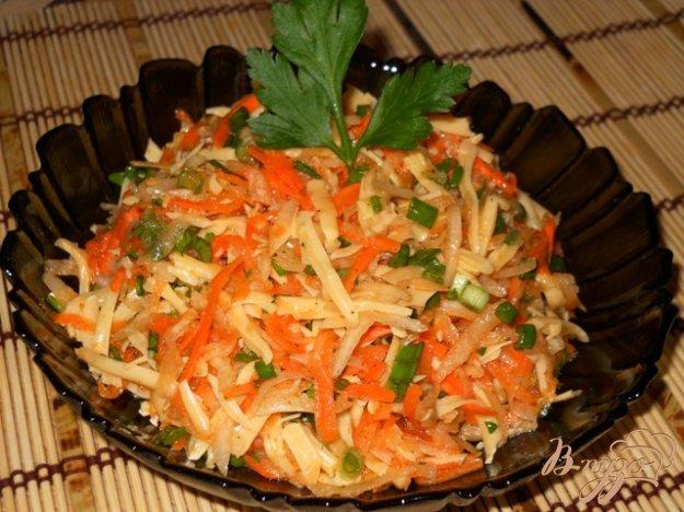 Рецепт Салат из редьки с морковью и сыром