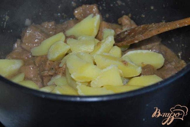 Фото приготовление рецепта: Оджахури или свинина по-домашнему шаг №8