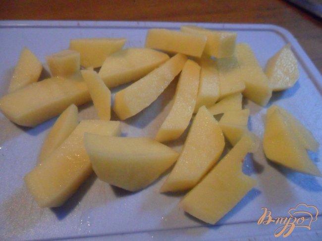 Фото приготовление рецепта: Рыбный суп со сладким перцем шаг №5