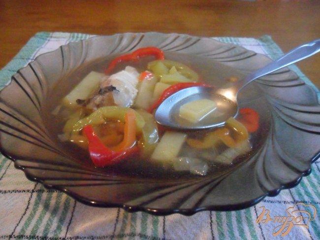 Фото приготовление рецепта: Рыбный суп со сладким перцем шаг №6