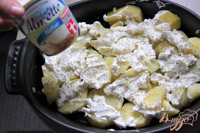 Фото приготовление рецепта: Картофельно-сырный гарнир шаг №2