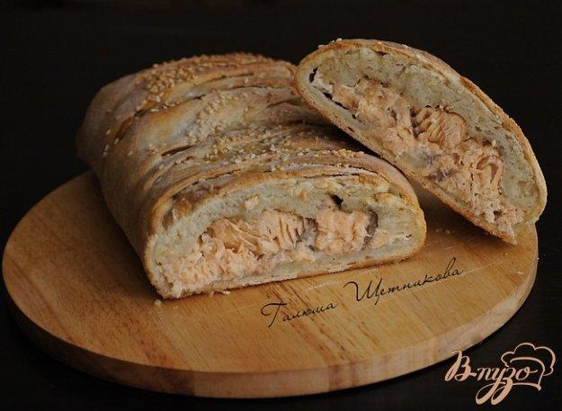 Рецепт Пирог с форелью и зеленым сыром