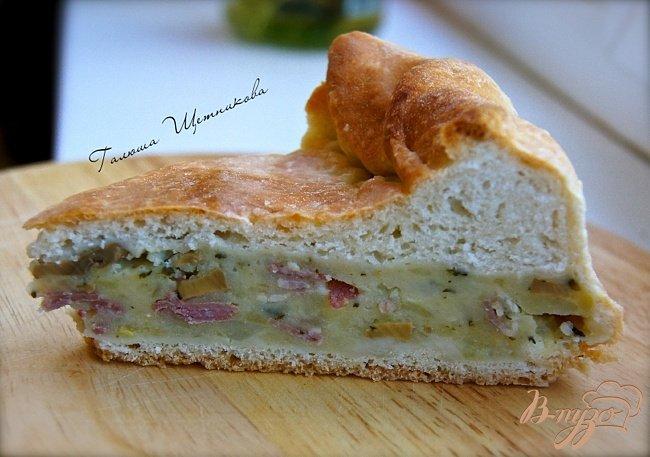 Фото приготовление рецепта: Пирог с начинкой из картофеля, грибов и бекона шаг №3